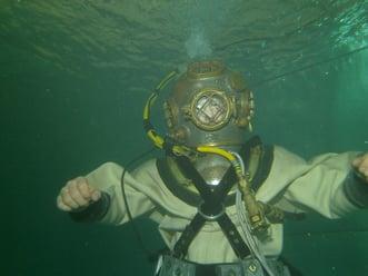 hardhat diver