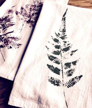Fern Printed Tea Towels | 10 DIY Holiday Gifts