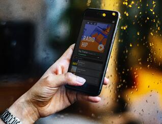 Streaming music on phone