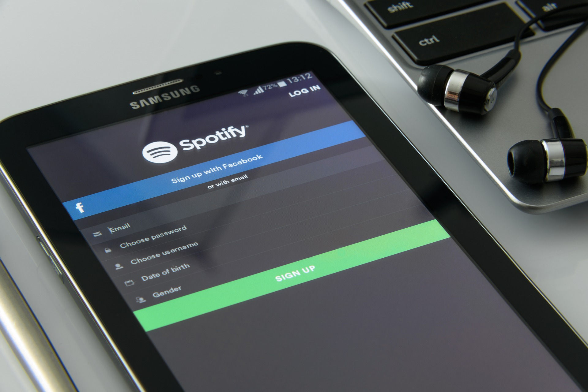 music-on-your-smartphone