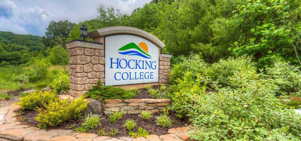 Hocking-College-sign