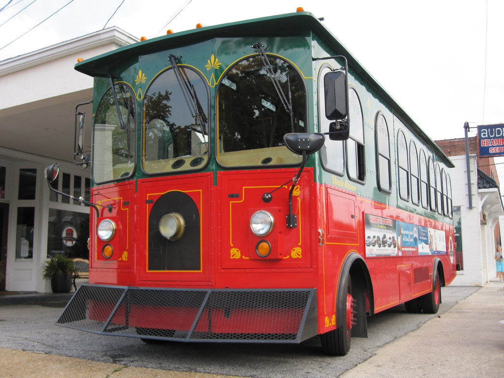 Historic Marietta Trolley Tour | Things To Do Near Hocking College this September